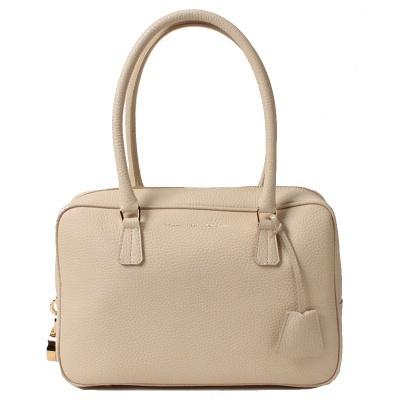 ドラマで有名女優さんが多数使用!上品すぎるADMJのバッグ