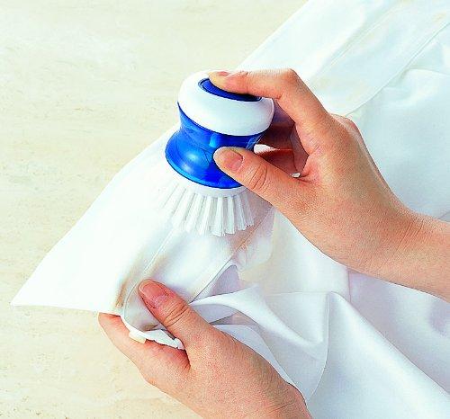 洗剤が入るえりそで洗いブラシ