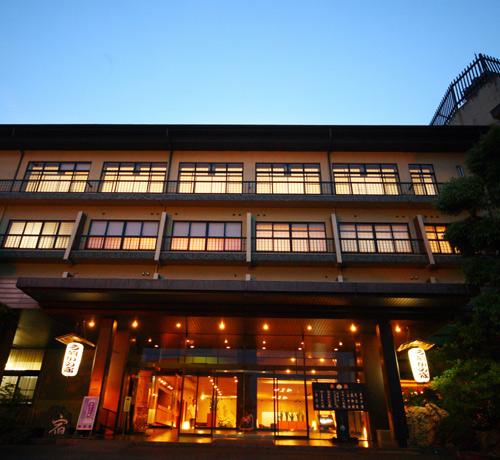 スマステ!で紹介|泰泉閣のワケありプランは、福岡の老舗温泉旅館で豪華料理つき!